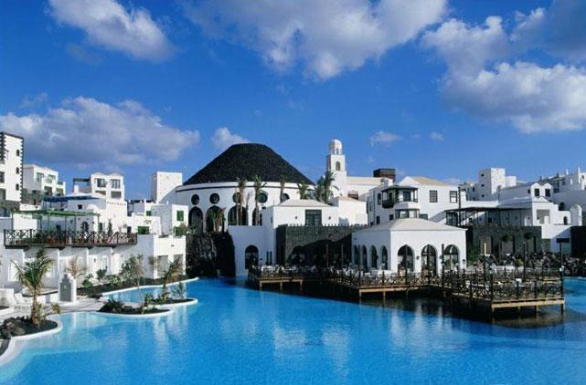 Disfruta de una estancia en Lanzarote
