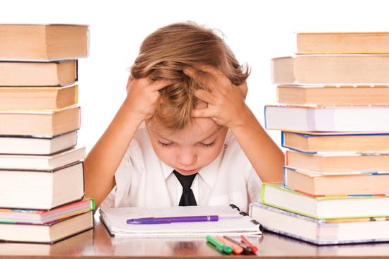 Padres sobredimensionados con los deberes