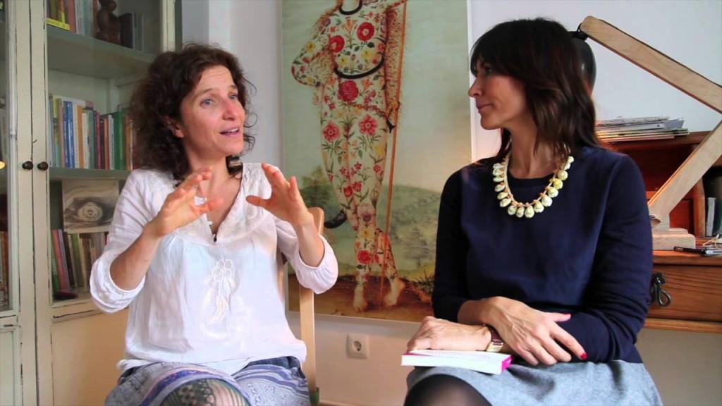 """Virgina, que en esta foto está con María Talavera (mariatalavera.com) gracias a su libro """"Fertilidad Natural"""" nos acerca a una vida sana antes y después de ser madres."""