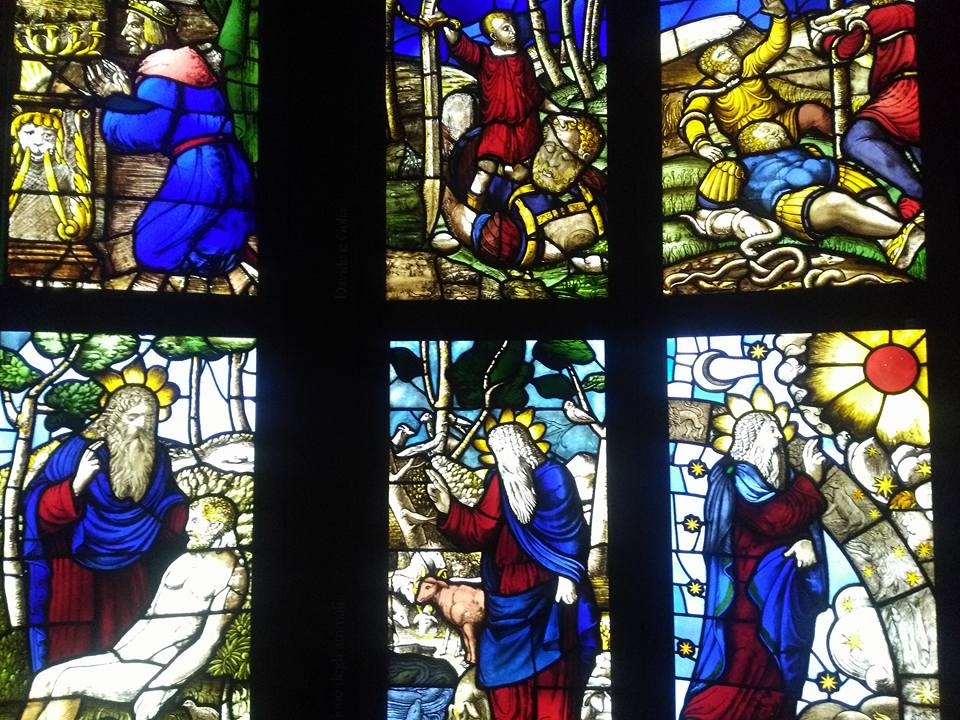 Vidrieras espectaculares de Catedral en Catedral