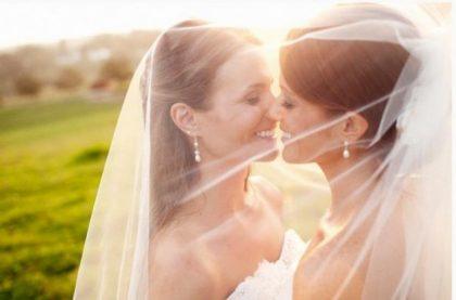 Lesbianas ganan juicio por discriminación en reproducción asistida