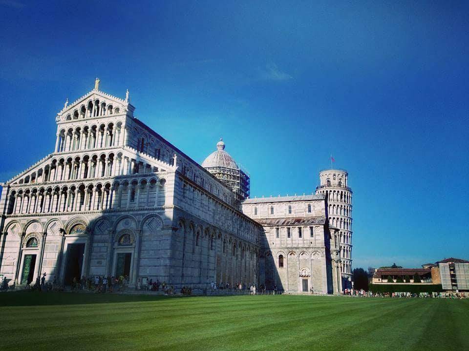 Pisa es la ciudad que dicen menos atractiva del norte de Toscana, pero no es cierto... es única por su calma, gastronomía y donde únicamente podrás comprar moda a buen precio