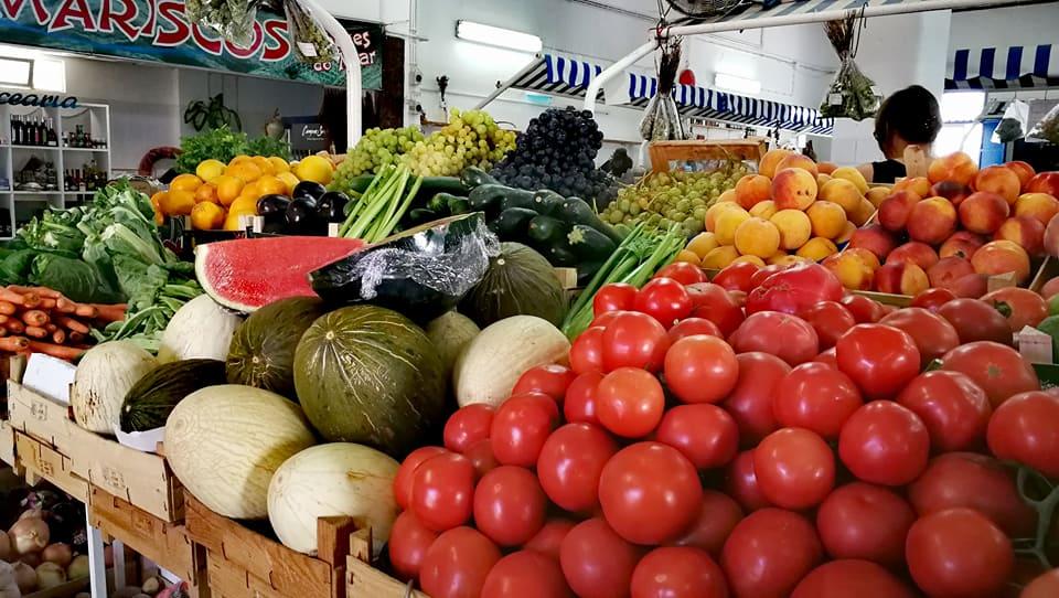 Mercado de fruta en Quarteira. Algarve